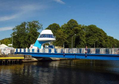 Rozsuwany most w Darłówku.